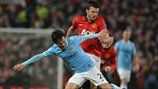 David Silva (Manchester City FC) & Michael Carrick (Manchester United FC)