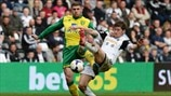 Gary Hooper (Norwich City FC) & Ben Davies (Swansea City AFC)