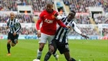 Ashley Young (Manchester United FC) & Massadio Haïdara (Newcastle United FC)