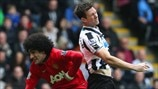 Marouane Fellaini (Manchester United FC) & Mike Williamson (Newcastle United FC)