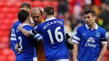 Leighton Baines, Tim Howard & James McCarthy (Everton FC)