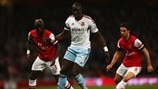Mohamed Diame (West Ham United FC), Bacary Sagna & Mikel Arteta (Arsenal FC)
