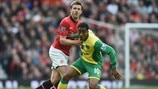 Michael Carrick (Manchester United FC) & Leroy Fer (Norwich City FC)