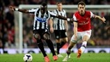 Cheick Tioté (Newcastle United FC) & Aaron Ramsey (Arsenal FC)