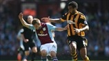 Andreas Weimann (Aston Villa FC) & Tom Huddlestone (Hull City AFC)