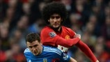 Alex Bruce (Hull City AFC) & Marouane Fellaini (Manchester United FC)