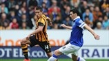 Jake Livermore (Hull City AFC) & Gareth Barry (Everton FC)