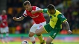 Jack Wilshere (Arsenal FC) & Bradley Johnson (Norwich City FC)