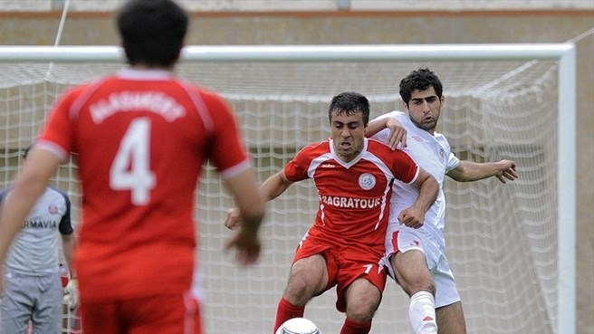 Manasyan takes rough with smooth at Alashkert
