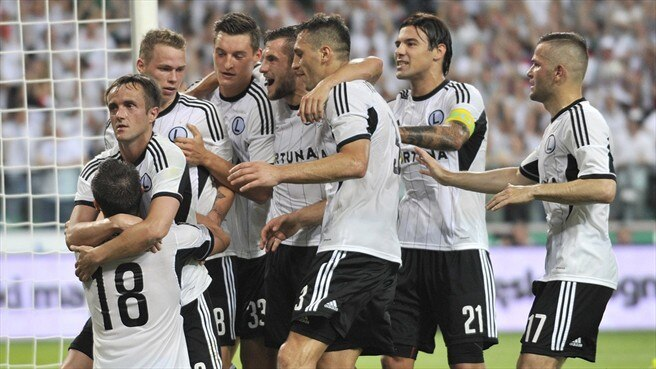 Legia run ten-man Celtic ragged
