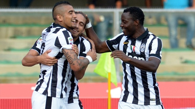 Allegri's Juventus open with narrow victory