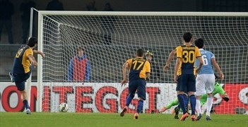 Toni penalty for Verona denies ten-man Lazio