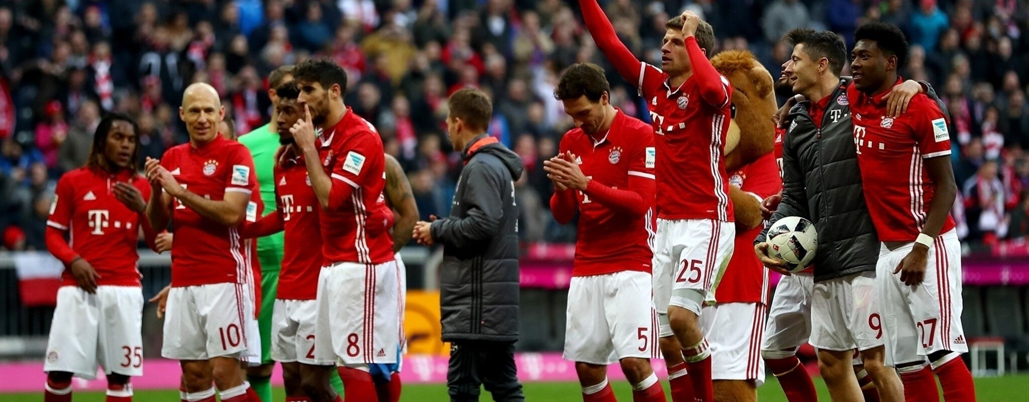 Bayern hit eight, Sevilla go second, nine wins for Juve