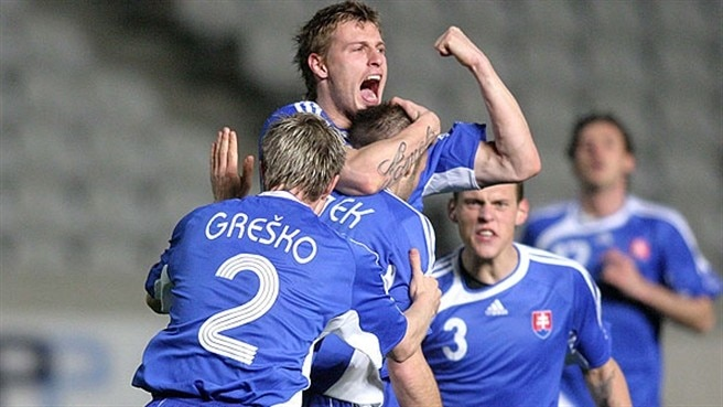 Slovakia find stride to crush San Marino