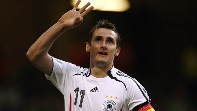 Captain Klose takes Germany closer
