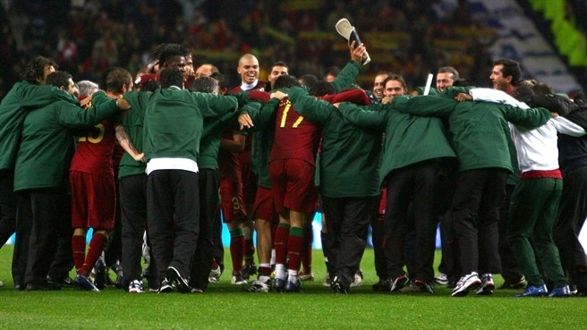 Scolari strikes note of Portugal caution