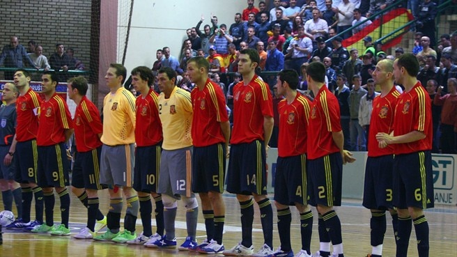 Spain confirm title defence
