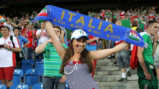 Italy fans