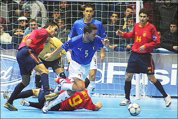 Sportz8ne revista de esportes by fraja8 uol blog having barely caught their breath following fridays thrilling fifa futsal world championship semi final victories in chinese taipei arch rivals spain and fandeluxe Gallery