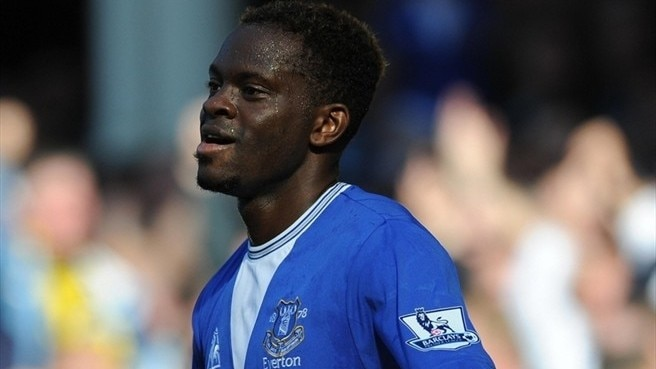 Saha agrees new Everton contract