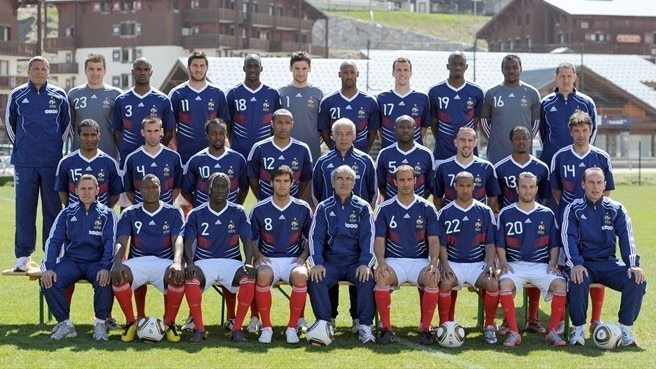 Familiar faces in France fold