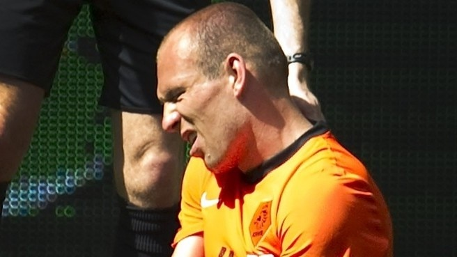 Robben scare as Oranje impress
