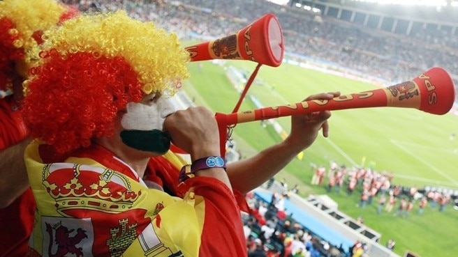 UEFA rules against vuvuzela use