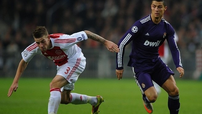 Record defeat leaves Ajax reeling