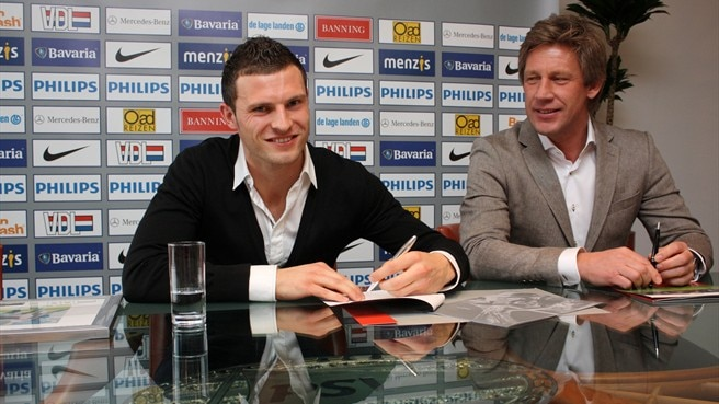 Pieters given new PSV contract