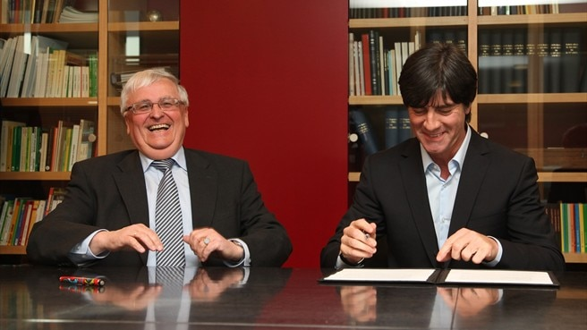 Löw further extends Germany agreement