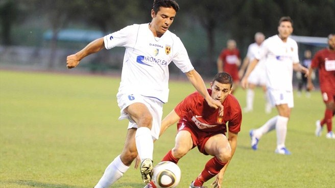 Valletta in pole position after three-goal victory