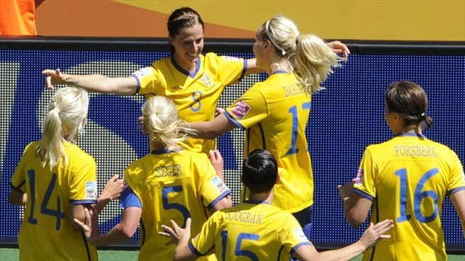 Sweden sweep past Australia to seal semi-final berth