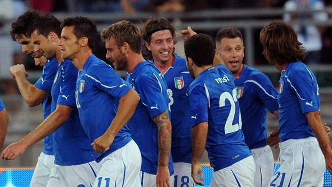 Italy look to end Group C leadership chase