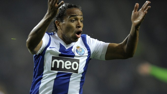 Inter swoop for Porto's Pereira