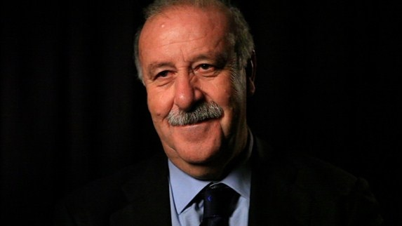 Del Bosque tells Spain not to rest on laurels