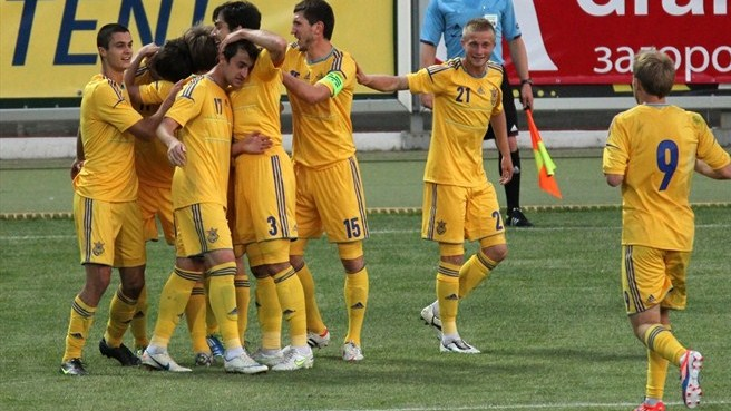 Ukraine hit six to stun Sweden