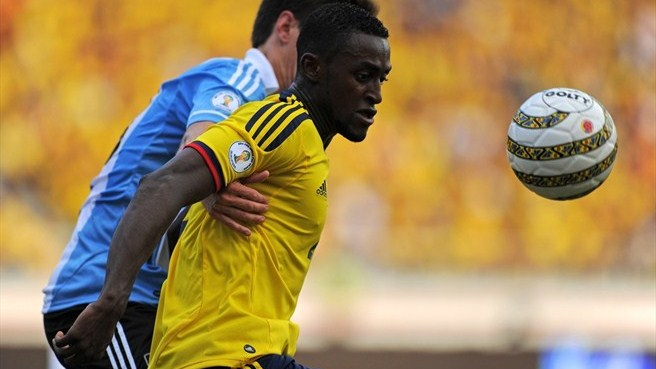 Porto swoop for Colombia striker Martínez
