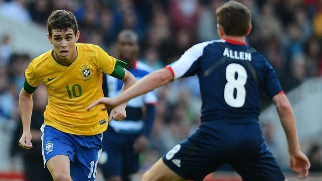 Chelsea recruit Oscar from Internacional