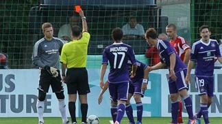 Anderlecht heap more misery on ten-man Ekranas