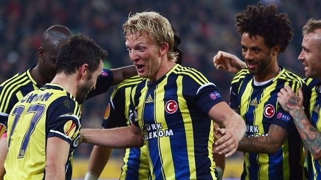 Belief beginning to flow for Fenerbahçe's Kuyt