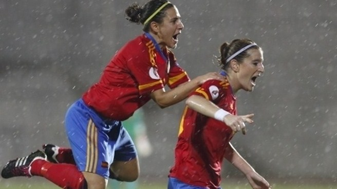 Spain knock out Scotland at the death