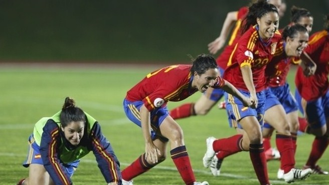 Spain ecstatic as dramatic victory sinks in