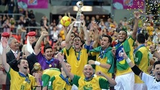 Brazil beat Spain to retain crown