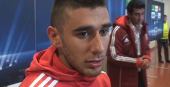 Eduardo Salvio speaks to UEFA.com