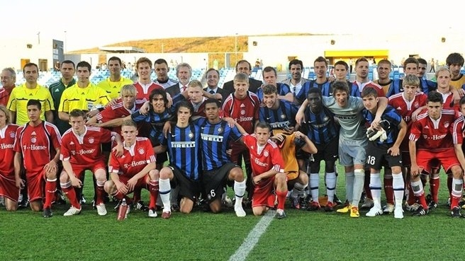 UEFA Youth League to kick off in 2013/14
