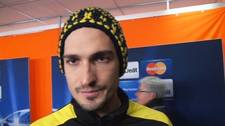 Hummels header earns Dortmund draw in Donetsk
