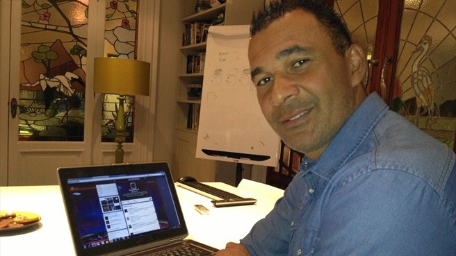 @EuropaMike puts your Twitter questions to Gullit