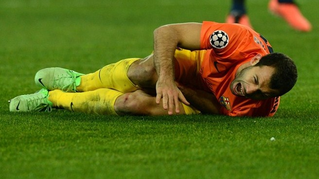 Mascherano injury blow for Barcelona