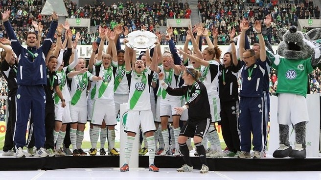 Wolfsburg wrap up title, Lyon reach final