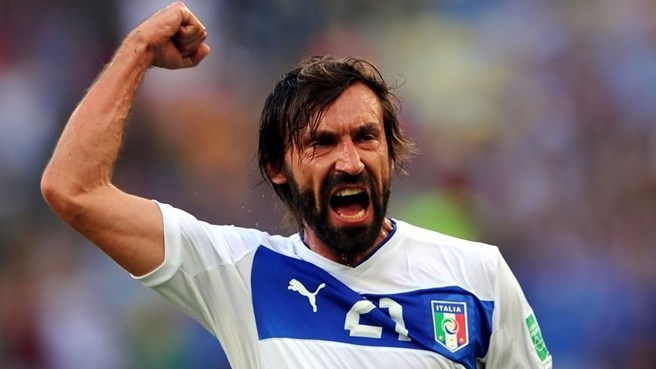 Centurion Pirlo helps Italy overcome Mexico